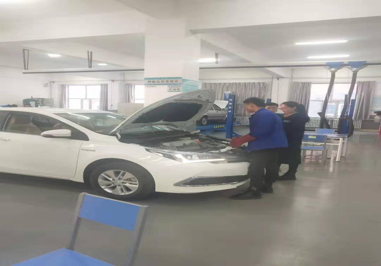 2019年机电工程系汽车技能大赛简讯5.jpg